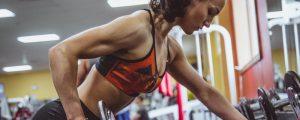¿Por qué las mujeres se lesionan con más frecuencia que los hombres?